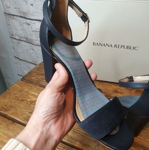 Banana Republic/ Imperial Blue Leandra Sandal/ 7.5